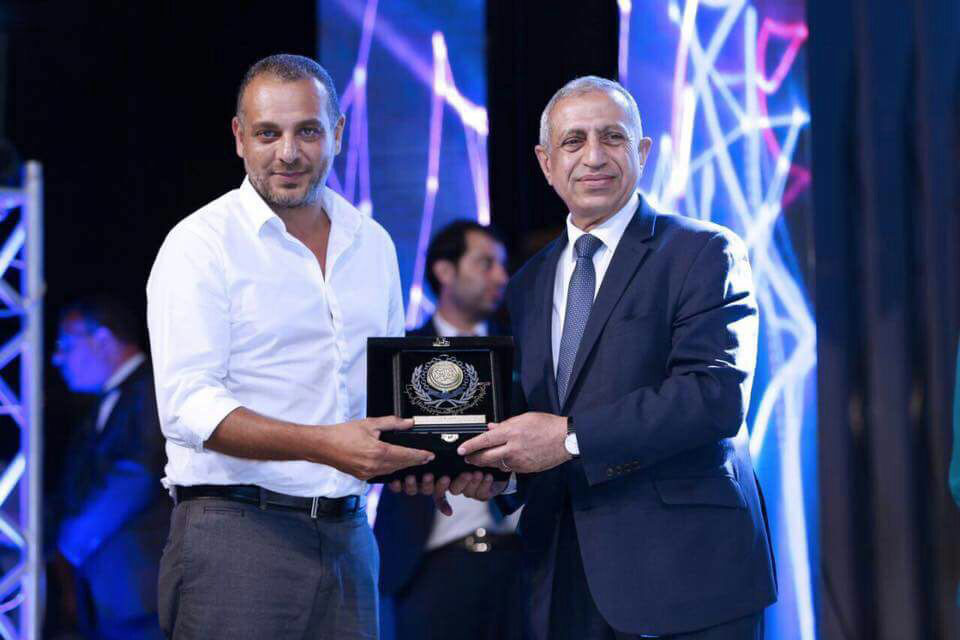 Tamer Mohsen, awarded for his work on Taht Elsaytara