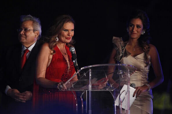Yousra gives a speech during the closing ceremony of 36th Cairo International Film Festival 2014