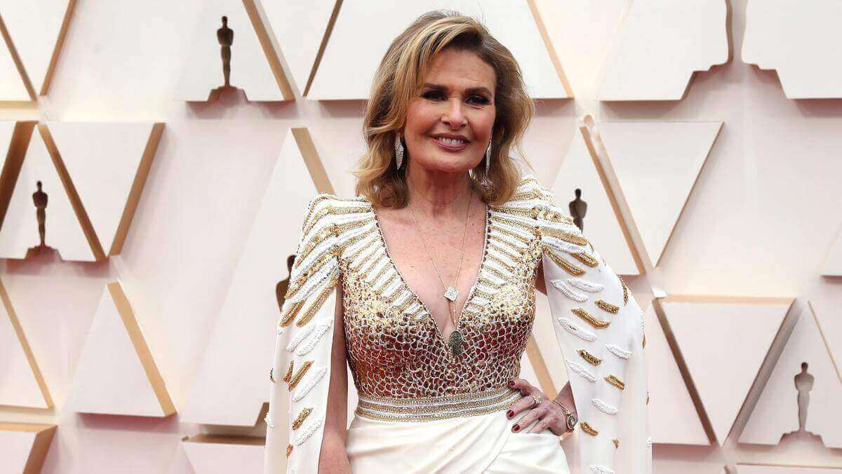 Yousra at the Oscars Redcarpet 2020